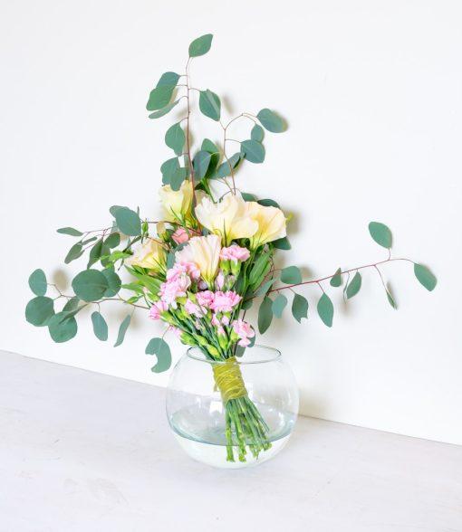 Bouquet de flores minimalista